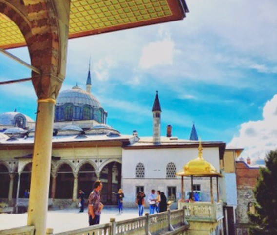 Visiting the Topkapi Palace in Istanbul