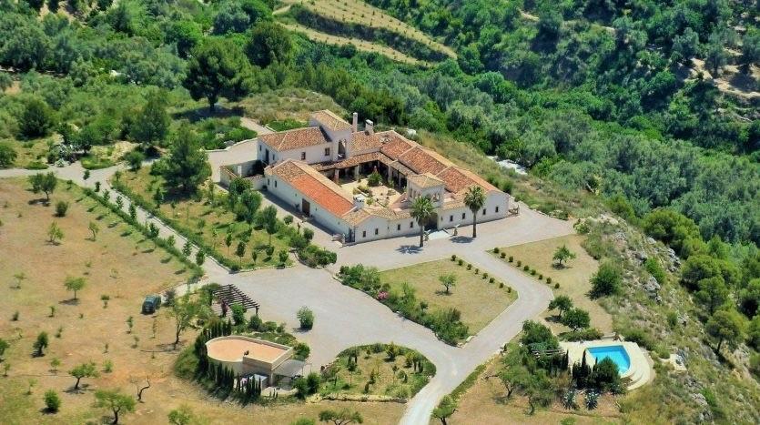 La Esperanza is one of the most special destination wedding venues in Andalucia, Spain.
