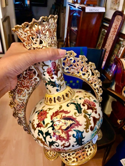 Buying antique Szolnay porcelain in the artistic city of Pécs in Hungary