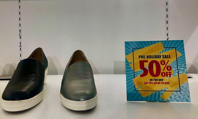 Florsheim & Naturalizer shoes holiday sale in stores in the Philippines
